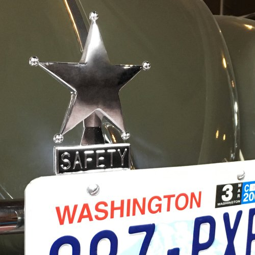 Classic Old Skool Chromed License Plate Topper Lead Sled Bomba V8 Low and Slow