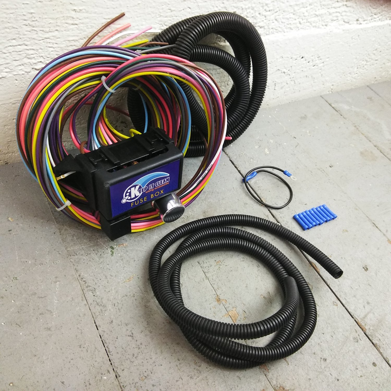 12v 18 circuit 12 fuse universal wiring harness kit truck. Black Bedroom Furniture Sets. Home Design Ideas