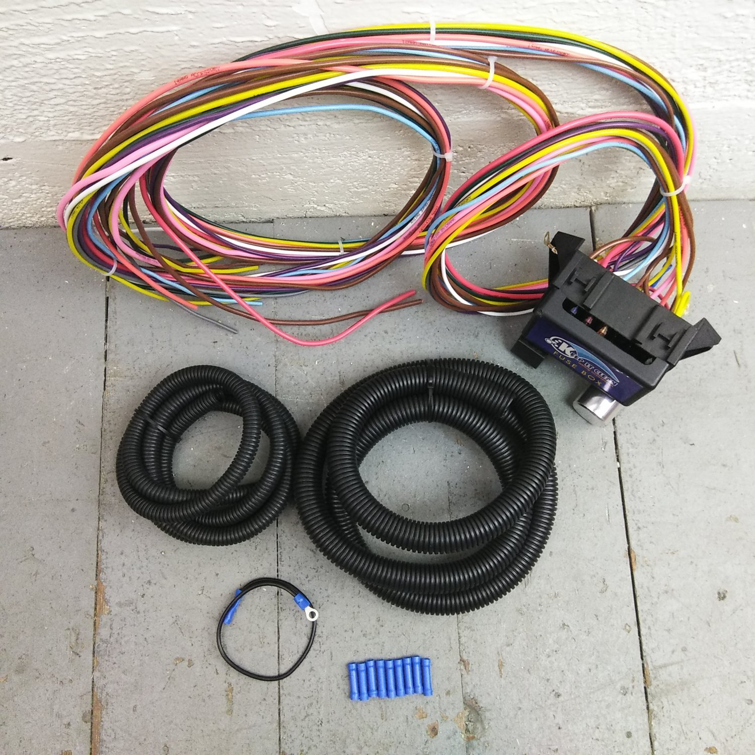 1968 Chevelle Fuse Box Wiring Library 1966 Wire Harness Block Upgrade Kit For 1967 Chevrolet Gto Lemans Bar Product Description C