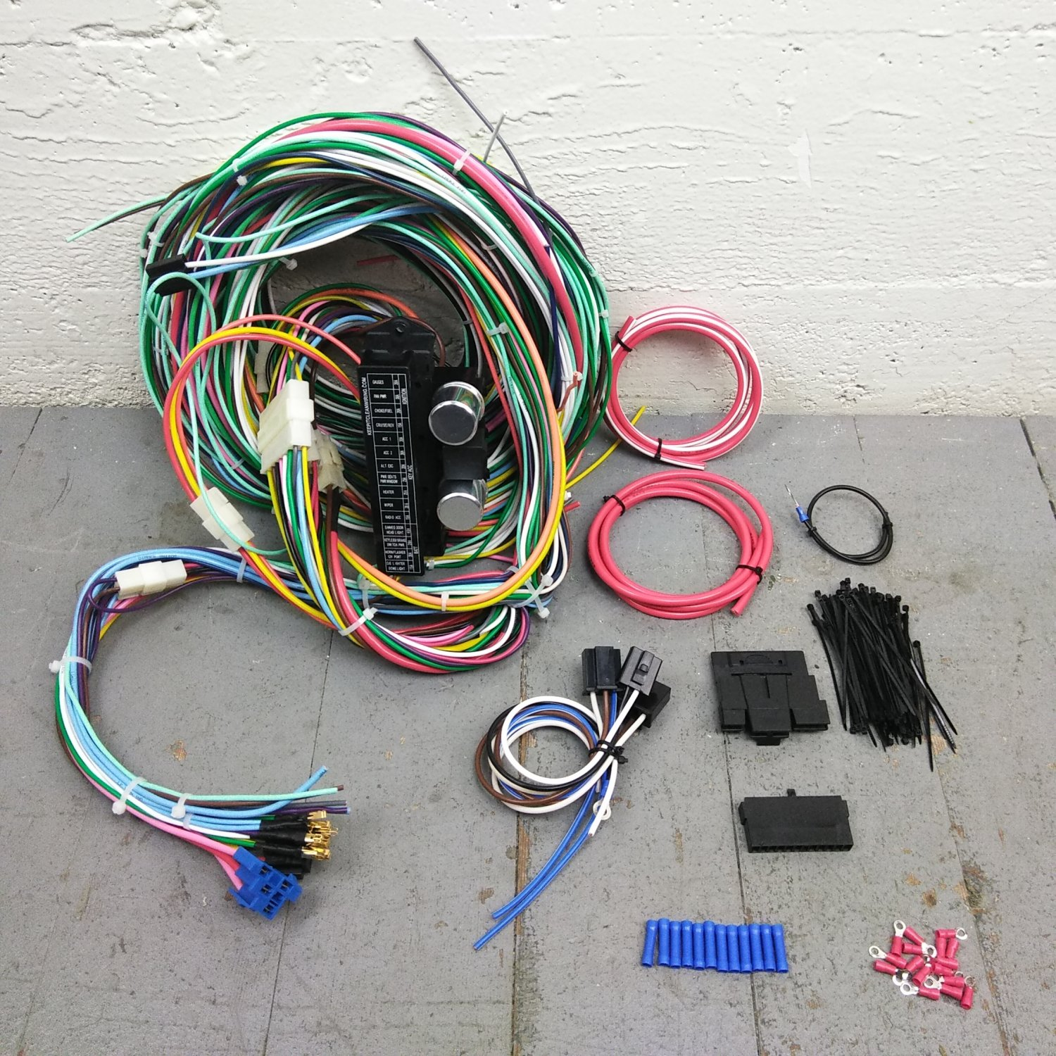 1946 - 1992 Jeep Wire Harness Upgrade Kit fits painless fuse compact new  update. Bar_Product_Description_C