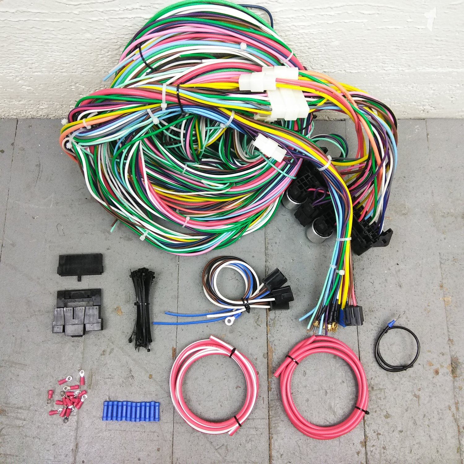 1949 - 1962 Ford Car Wire Harness Upgrade Kit fits painless new terminal  update. Bar_Product_Description_C