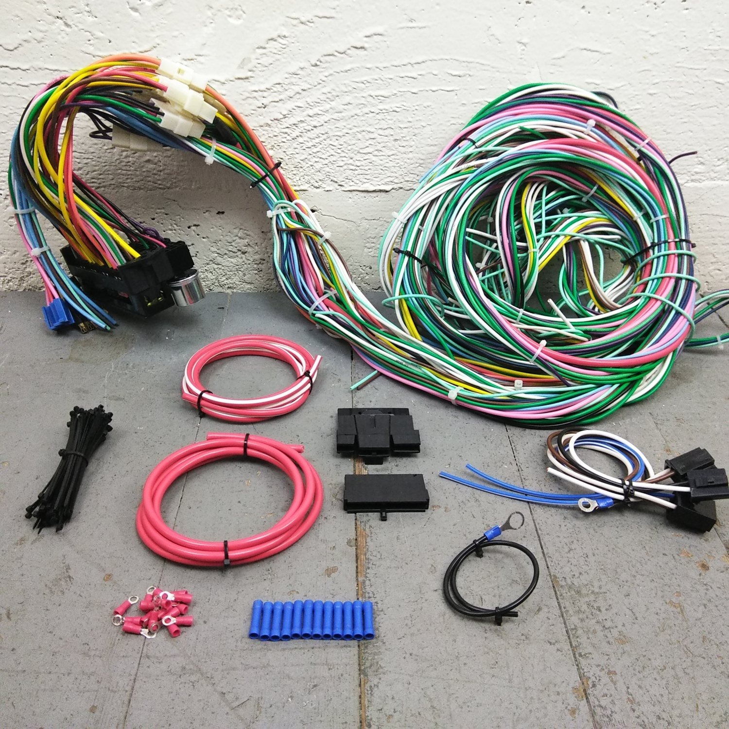 1979 - 1993 Ford Mustang Wire Harness Upgrade Kit fits painless fuse  complete. Bar_Product_Description_C