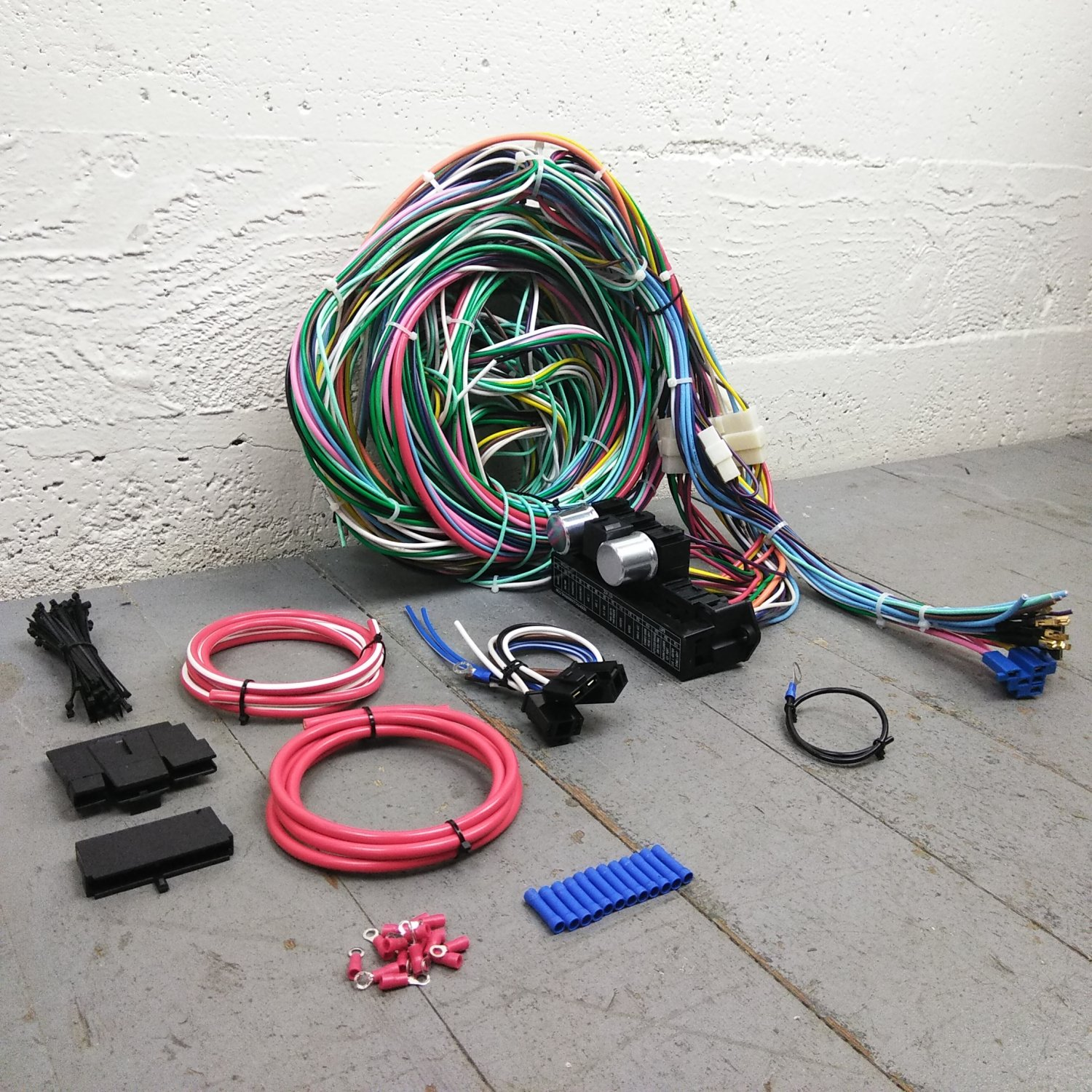 67 - 72 Chevrolet C10 C15 Rear Coil Truck Wire Harness Upgrade Kit fits  painless. Bar_Product_Description_C