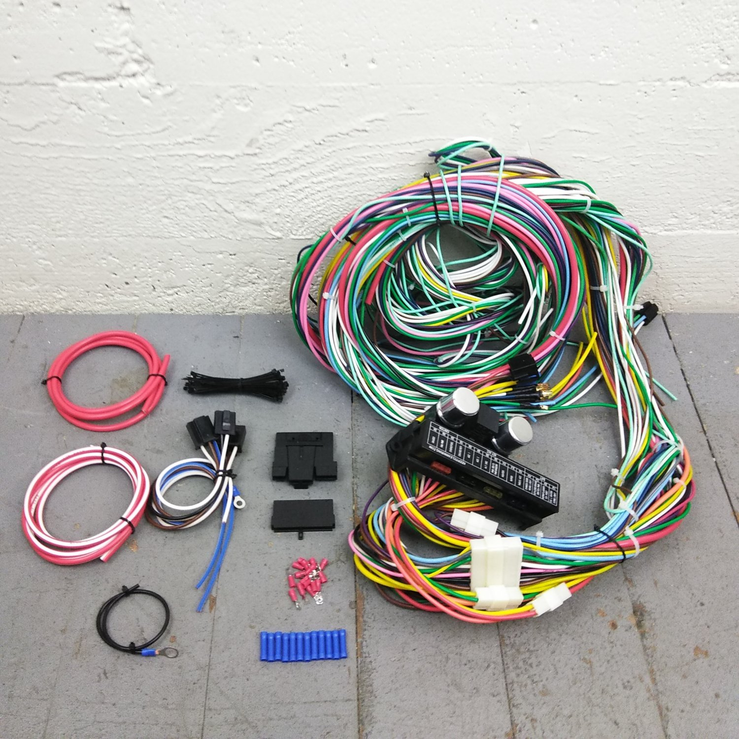 1982 - 1993 Chevrolet S10 2WD Wire Harness Upgrade Kit fits painless new  compact. Bar_Product_Description_C