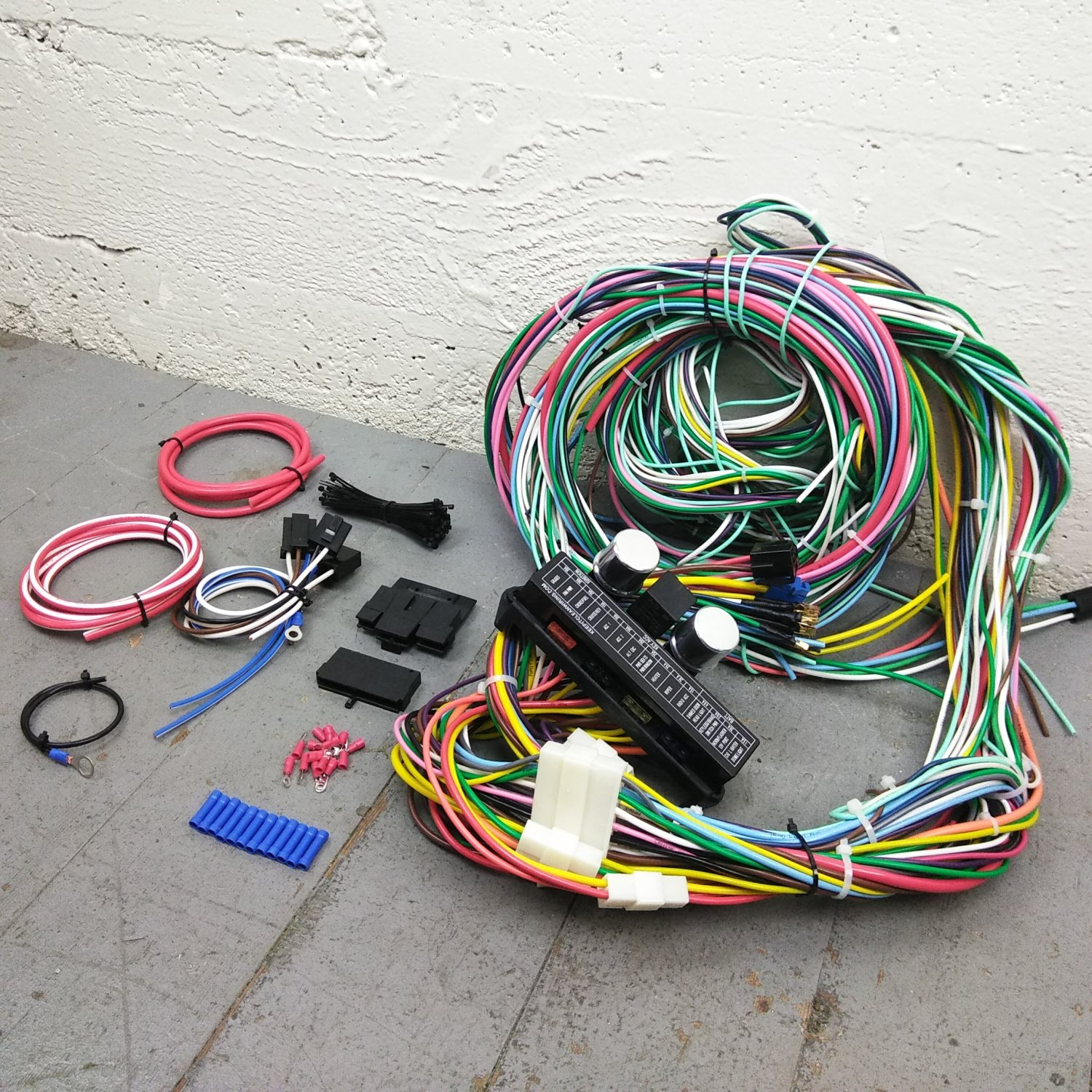 1935 - 1948 Ford Wire Harness Upgrade Kit fits painless complete circuit  update. Bar_Product_Description_C