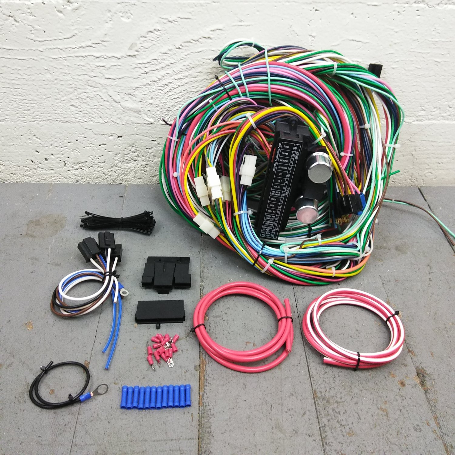 1971 - 1986 Jeep CJ Wire Harness Upgrade Kit fits painless fuse block  terminal. Bar_Product_Description_C